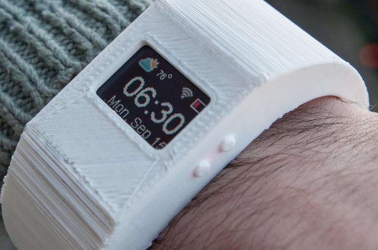 TinyScreen, una alternativa para tener nuestro propio smartwatch